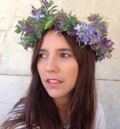 Corona de flores silvestres de LOVERS Ibiza en Baladre de Colón