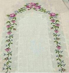 En Beğenilen Seccade Modelleri - Tie Tutorial and Ideas Towel Embroidery, Embroidery Flowers Pattern, Embroidery Needles, Flower Patterns, Cross Stitch Embroidery, Cross Stitch Patterns, Crochet Flower Headbands, Crochet Flowers, Stitch Crochet