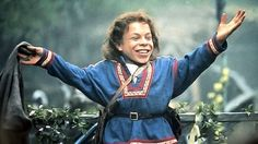 Most Under-appreciated Sci-Fi/Fantasy Actor Post: Warwick Davis.   Star Wars. Hitchhiker's Guide to the Galaxy. Harry Potter. Leprechaun. Chronicles of Narnia. Willow. Tenth Kingdom.