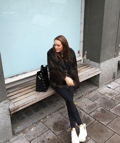 Fashion Beauty, Autumn Fashion, Fur Coat, Normcore, Street Style, Chic, My Style, Celebrities, Jackets