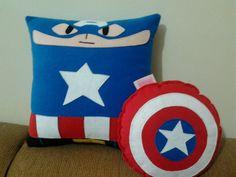 Handmade Classic Captain America with Shield by RbitencourtUSA on DeviantArt Oh Captain My Captain, Captain America, Sewing Projects, Craft Projects, Comic Book Superheroes, Geek Decor, Geek Crafts, Disney Crafts, Marvel Comics