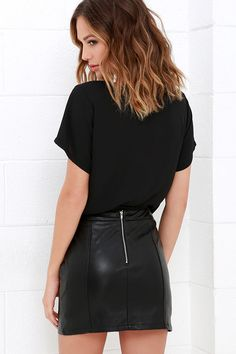 Cyberspace Black Vegan Leather Mini Skirt  49 at Lulus.com! Black Mini Skirt  Outfit cd9ac1884