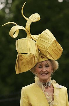 I think it'd be so fun to attend a Royal Ascot... Hats are so fun!