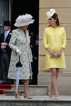 Kate in Emilia Wickstead coat for the annual Queen's garden part at Buckingham Palace 22 may 2013