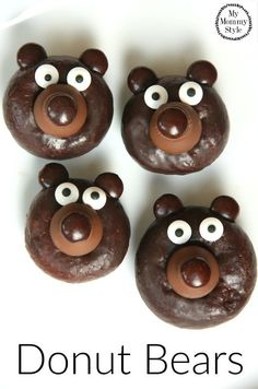 My kids loved helping me make these and we all agreed that they were almost too cute to eat. My kids had so much fun that I know making these bears will be a new holiday tradition! #NewTradition #ad Mini Donuts, Fancy Donuts, Cute Donuts, Doughnuts, Baked Donuts, Mini Desserts, Oreo Dessert, Cute Food, Good Food