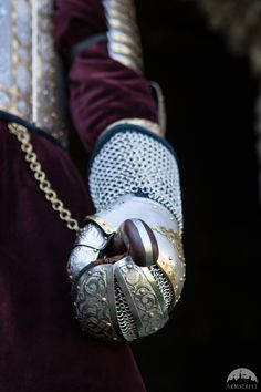 """Medieval Gauntlets """"King of the East"""""""