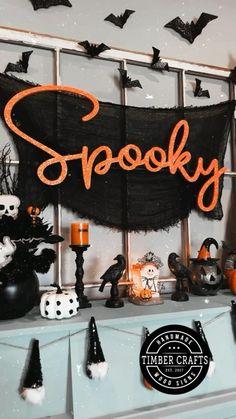 Halloween Door, Halloween Signs, Halloween Birthday, Diy Halloween Decorations, Holidays Halloween, Halloween Crafts, Holiday Crafts, Holiday Fun, Halloween Ideas