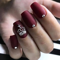 burgundy Acrylic short square nails design for summer nails burgundy Short square nails color ideas Natural gel short square nails design Pretty and cute acrylic nails design Cute Acrylic Nail Designs, Cute Acrylic Nails, Glitter Nails, Holiday Nails, Christmas Nails, Crown Nails, Crown Nail Art, Queen Nails, Short Square Nails