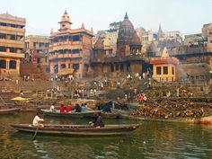 Manikarnika Cremation Ghat, Varanasi - Varanasi - Wikipedia, the free encyclopedia