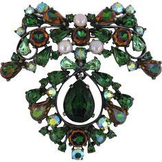 Vintage Schiaparelli Large Green Rhinestone And Glass Pin