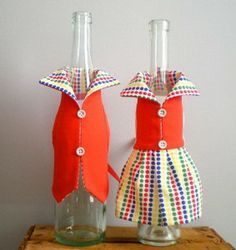 Your place to buy and sell all things handmade Wine Bottle Gift, Wine Bottle Covers, Bottle Cap Crafts, Handmade Wedding Decorations, Diy Crafts How To Make, Jar Art, Wine Decor, Craft Fairs, Red Wine
