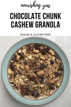 Vegan Chocolate Chunk Cashew Granola | Nourishing Yas - Simple Plant based Recipes  #veganrecipes #vegangranola #breakfastrecipes #granola #granolarecipes #veganbreakfast #homemadegranola #plantbasedrecipes #veganchocolate #dairyfreechocolate