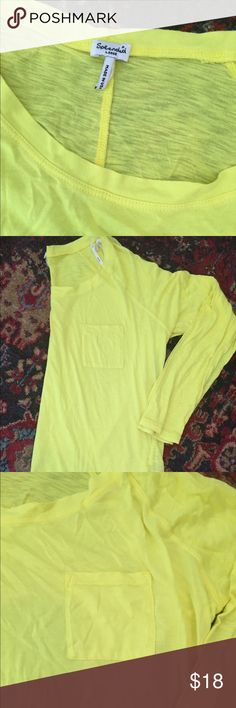Splendid soft tshirt Long sleeve yellow tshirt by Splendid. Size large. Preowned great condition. Super soft signature Splendid fabric. Bright yellow. Perfect for summer and spring weather!! Splendid Tops Tees - Long Sleeve