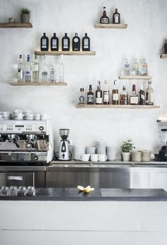 Floating shelves for bar - add glasses holder's Cool Restaurant Design, Restaurant Bar, Decoration Inspiration, Interior Inspiration, Kitchen Inspiration, Shelf Inspiration, Daily Inspiration, Kitchen Interior, Interior And Exterior