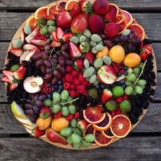 Haven't felt summer, quite, yet but these fruits make me feel the warmth. Adding a little colour to your world and mine! Fruit And Veg, Fruits And Veggies, Vegetables List, Fruits Basket, B Food, Food Porn, Party Food Platters, Fruit Platters, Charcuterie Recipes