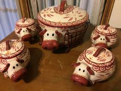 Temp-Tations Old World  2.5 qt Figural Cow Baker with 4 MiniBakers with WireRack #TempTations