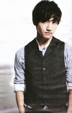 changmin TVXQ DUDE WHY ARE YOUR CLOTHES SO COOL?!?!