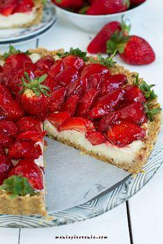 maniapieczenia: Tarta z truskawkami Fit (bez pieczenia, wege, bez glutenu)
