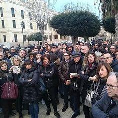 Offerte di lavoro Palermo  Dopo cheRyanair ha annunciato che lascerà lo scalo la soluzione potrebbe essere chiedere la riassegnazionedei 25 milioni ottenuti come ristoro per la...  #annuncio #pagato #jobs #Italia #Sicilia Trapani manifestazione a sostegno dell'aerorporto di Birgi
