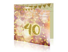 Verjaardagskaart 40 jaar met lampjes en vlaggetjes. #uitnodiging #feest #40 #uitnodigingskaarten