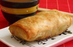 Receta de Masa de los rollitos de primavera | Cocinar en casa es facilisimo.com Veggie Recipes, Asian Recipes, Cooking Recipes, Frugal Meals, Easy Meals, China Food, Salty Foods, Empanadas, Tasty
