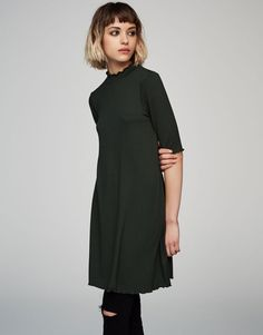 Vestido manga corta cuello perkins - Vestidos - Ropa - Mujer - PULL&BEAR España