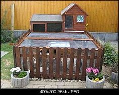 love the cute picket fence, and unlike many rabbit playpens/ runs, this has a roof to protect pets from predators