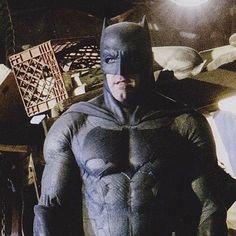 DC COMICS NEWS • A close up of Ben Affleck as #batman and he looks...