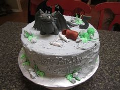 How to Train Your Dragon Cake