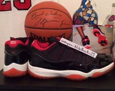 air jordan 11 low bred pe 04 Michael Jordans Air Jordan 11 Low Black Red 8bd8d8bb5