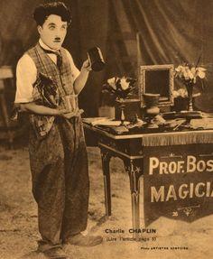 Charlie Chaplin sur la couverture du n° 36 de la revue L'Image, 1932