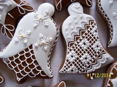 Merry Christmas Everyone, Pie Dessert, Yummy Cookies, Rustic Christmas, Royal Icing, Christmas Greetings, Cookie Decorating, Christmas Cookies, Food Art
