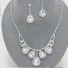 CLEARANCE CLEAR CRYSTAL PROM WEDDING FORMAL NECKLACE JEWELRY SET CHIC & TRENDY #Unbranded