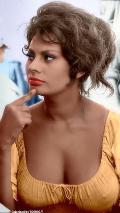 Sophia Loren colorized by Toshio.Y