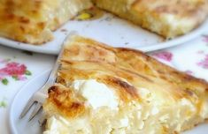 HR & E-Cottage cheese pie (recipe in Croatian and in English) Albanian Recipes, Bosnian Recipes, Bosnian Food, Albanian Food, Serbian Food, Cottage Cheese Pie Recipe, Burek Recipe, Croation Recipes, Slovenian Food
