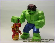 YOBEE'S LEGO MINI-FIGURE PAPER CRAFT: Complete and Making Lego Hulk Papercraft - Leg Par...