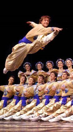 UKRAINIAN COSSACK DANCE....