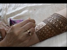 Modern style lotus and blocks bridal mehendi : bridal episode 20 - YouTube