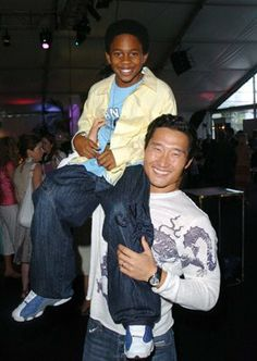 Daniel Dae Kim and Malcolm David Kelley