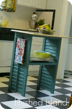 If you find some old shutters at your local Thrift Shop…snatch them up because they are going to make a charming little Farmhouse Kitchen Island and Tauni from So You Think You're Crafty is going to show you how.