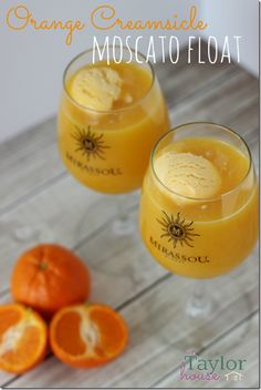 Moscato Float, Orange Creamsicle Moscato Float, Orange Creamsicle  http://www.thetaylor-house.com/orange-creamsicle-moscato-float/2/ #drinks #cocktails #drinkrecipes