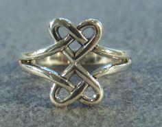 Vintage Sterling Silver  Bold  Wide Fancy  Irish Celtic Knot Design  Band Ring, Size 8