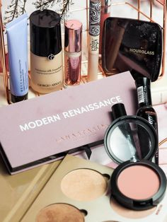 How to create a Valentines Day makeup look idea using the Anastasia Beverly Hills Modern Renaissance eyeshadow palette.