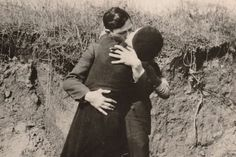 Bonnie Parker and Clyde Barrow - Last picture before they were shot