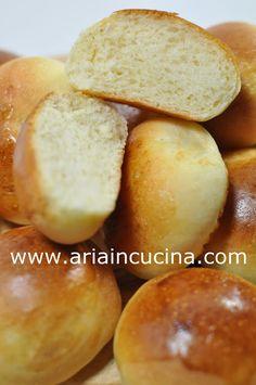 Blog di cucina di Aria: Panini al latte e burro