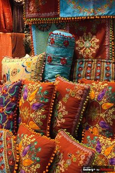 Colorful pillows. I should make some of these.