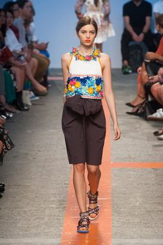 Msgm Spring 2014 Runway Pictures - StyleBistro