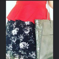 Flower skirt Cute flower skirt, HAS POCKETS  Xhilaration Skirts
