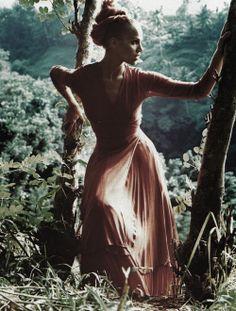 "Elle Germany July 1993 ""Signale des Sommers"" Model: Emma Sjoberg Photographer: William Garrett"