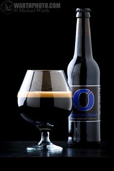 Nøgne Ø Imperial Stout in a snifter - © Michael Warth
